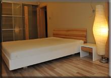 Białe łóżko Bianco Duo wwersji jesionowej - Pszczyna 2012