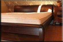 Łóżko bukowe Villa zpełnym oparciem - Wałbrzych 2012 - buk na orzech ciemny